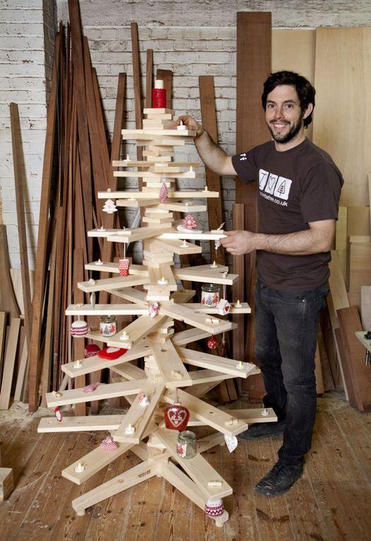 Как сделать большое дерево из досок